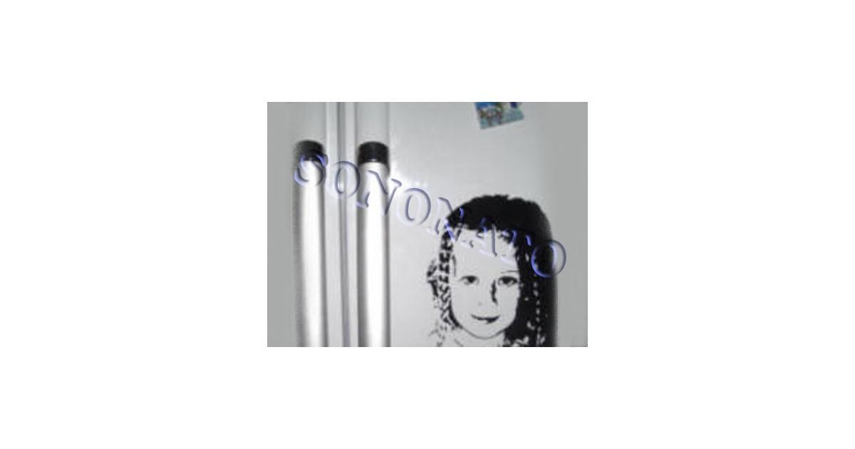 esempio realizzo dell'adesivo decorativo formato A4